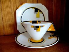 Shelley Vogue Art Deco China Tea Cup Trio