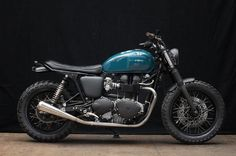 Triumph Thruxton modern build vintage look bike