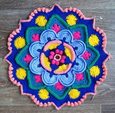 Ravelry: Project Gallery for Mandala Madness pattern by Helen Shrimpton Crochet Mandala Pattern, Crochet Blocks, Crochet Doily Patterns, Crochet Squares, Crochet Designs, Crochet Flowers, Knitting Patterns, Granny Squares, Crochet Home