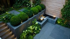 Have you ever heard about a Sunken garden? If you are familiar with an English garden style then you might now what it is. The Sunken garden is a formal, traditional English-style garden which is a… Back Gardens, Small Gardens, Outdoor Gardens, Modern Garden Design, Contemporary Garden, Modern Landscape Design, Contemporary Apartment, Contemporary Office, Contemporary Bedroom