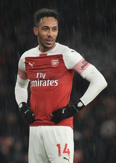 LONDON, ENGLAND - JANUARY Pierre-Emerick Aubameyang of Arsenal during the Premier League match between Arsenal FC and Cardiff City at Emirates Stadium on January 2019 in London, United Kingdom. (Photo by Marc Atkins/Getty Images) Arsenal Football Team, Aubameyang Arsenal, Arsenal Match, Arsenal Players, Football Soccer, Pierre Emerick, Cardiff City, Soccer Stuff, January 29