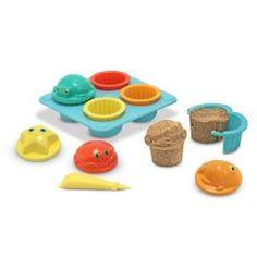 Melissa & Doug Sunny Patch Seaside Sidekicks Sand Cupcake Set, perfect entertainment for a day at the beach!