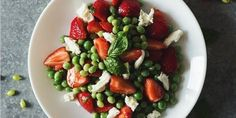 28 Of The Most Beautiful Salads To Ever Exist