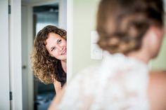 Beste vriendin van de bruid, Bruidsfotografie, Bruidsreportage, Den Bosch, Vught, Bruidsfotograaf | Dario Endara
