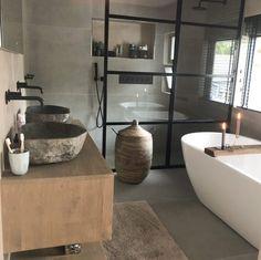 Bathroom Inspo, Bathroom Inspiration, Chalet Design, House Design, Bathroom Toilets, Wc Bathroom, Love Home, Beautiful Bathrooms, Sweet Home