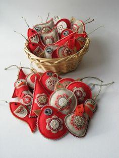 Embroidery on felt toys