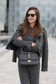 www.wannia.com #stylelovely #winteroutfit #Zara #Mango #Valentino #fashioninspiration #fashionblogger #fashiontrends #bestfashionbloggers #bestfashiontrends #bestdailyoutfits #streetstylewannia #fashionloverswebsite #followothersfashion #wannia