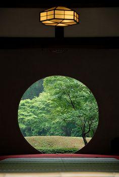 円窓 | Keiko | Flickr