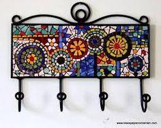 Imagen relacionada Mosaic Tray, Mosaic Wall Art, Mosaic Glass, Mosaic Tiles, Mosaic Crafts, Mosaic Projects, Stained Glass Patterns, Mosaic Patterns, Mosaic Furniture