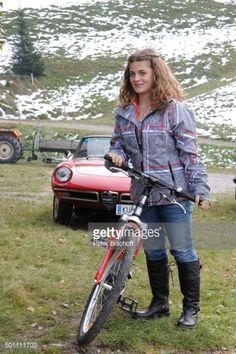 Ronja Forcher Montana, Window, Island, People, Movie, Farmhouse, Actors, Flathead Lake Montana, Windows