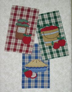 Apple-icious Quilt Pattern JMI-217 by Just My Imagination - Mary Kerr. Applique accents to decorate dish towels, tea towels, aprons, table runners, garments and more!