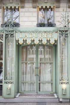 Laduree | Every aspect of Laduree is perfect for a Mother Daughter outing.