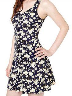 Black Daisy Floral V Neck Sleeveless Tie-back Button Fly Jumpsuit