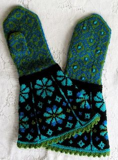 """Ravelry: Mittens pattern by Anna Zilboorg from """"Magnificent Mittens & Socks"""" book Mittens Pattern, Knit Mittens, Mitten Gloves, Fair Isle Knitting, Knitting Yarn, Hand Knitting, Knitting Designs, Knitting Projects, Knitting Patterns"""