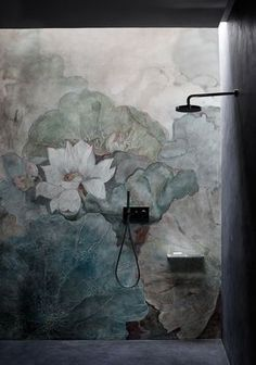 Niveum Wallpaper designed by Eva Germani fortheWET SYSTEM™ Collection© Wall&decò.