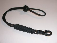 RedVex 550lb Paracord / Survival Lanyard - 12' - Black - Rattlesnake - Sawtooth Style with ABS Clip -- Want additional info? Click on the image.