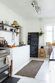 The kitchen is among the spaces we make use of usually in the house. For that reason we need to design it to the maximum. One excellent kitchen design is rustic Scandinavian kitchen design. Kitchen Interior, New Kitchen, Vintage Kitchen, Kitchen Decor, Rustic Kitchen, Kitchen Styling, Kitchen Ideas, Minimal Kitchen, Kitchen Inspiration