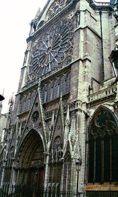 Notre Dame de Paris, 1999 & 2010