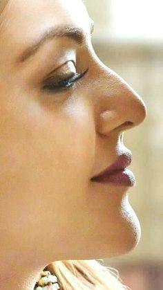 Most Beautiful Bollywood Actress, Bollywood Actress Hot Photos, Indian Actress Photos, Indian Actresses, Face Expressions, Beautiful Girl Indian, Shraddha Kapoor, Deepika Padukone, India Beauty