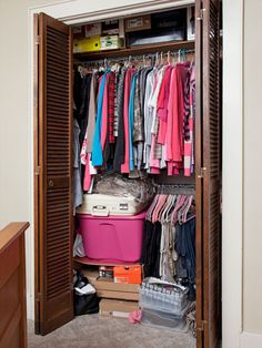 Project Declutter Part I: Chaotic Closets and Laundry Explosions - Follow two brave WD readers as they get laundry and closet organization ideas from a pro clutter-buster.