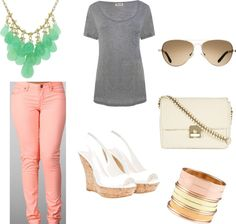 One last weekend of mild temps... love the statement necklace!