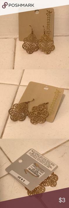 Gold Filigree Drop Earrings Small drop earrings with filigree design. Includes rubber stopper backs. Never worn. Monsoon Jewelry Earrings