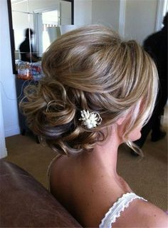 messy romantic wedding hairstyles for long hair