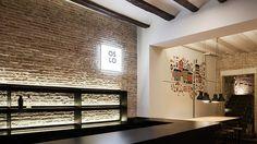 Restaurante Oslo: Borja García Studio diseña su tercer local para el Grupo Copenhaguen, recreando la calidez nórdica en un edificio valenciano de 1850
