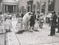 July Prince Charles marries Lady Diana Spencer in Saint Paul's Cathedral. The newly-married couple stop to speak to their page boys and bridesmaids as the Queen Mother (right) looks on Prince Charles Wedding, Charles And Diana Wedding, Princess Diana And Charles, Princess Diana Wedding, Princess Anne, Princess Margaret, Royal Princess, Diana Photo, Eugenie Of York