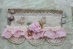 Shabby Chic Vintage Lace Victorian Wrist Cuff