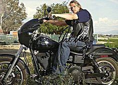 Sons Of Anarchy Charlie Hunnam Photo With His Autograph