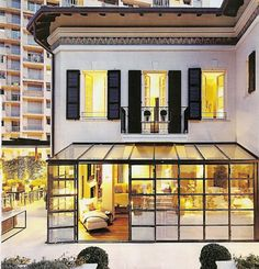 Perfect city apartment. Reminds me of Neal's apt in White Collar:)