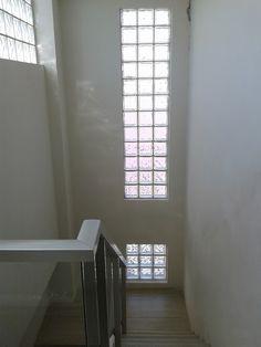 Ladrillo de vidrio escalera