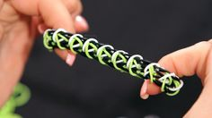 How to Make a Minecraft Creeper Bracelet | Rainbow Loom I used red white and pink for valentines day. :)