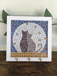 Easy Mosaic, Mosaic Art, Mosaic Glass, Mosaic Tiles, Cat Crafts, Home Crafts, Free Mosaic Patterns, Christmas Mosaics, Mosaic Stepping Stones