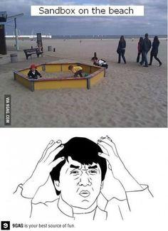 zandbak op het strand
