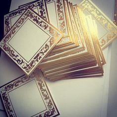 Gold gold everywhere! Pretty foil favor tags for a glamorous wedding