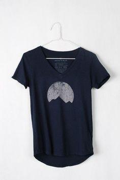 Mountain moon silhouette t-shirt
