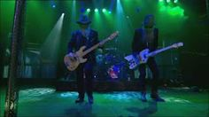 ZZ Top - Sharp Dressed Man (Live In Texas) - YouTube