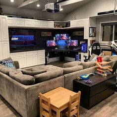 20 tips will help you improve the environment in your bedroom Who is in love with this room setup? Best Gaming Setup, Gaming Room Setup, Gaming Rooms, Bar Design, House Design, Small Game Rooms, Bedroom Setup, Video Game Rooms, Home Office Setup
