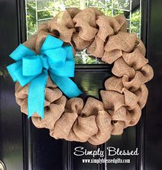 Here's a step-by-step tutorial on how to make a burlap wreath. It's such an easy DIY project that you can knock out in 30 minutes and decorate any way!