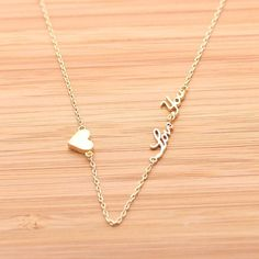 tiny heart and love you necklace SIZE : tiny heart- 7 * 7mm, love you - 24 * 4mm            chain - 16, 18(+ extension chain)inches COLOR : gold, silver MATERIA