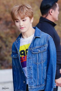 You're my moonlight, sunshine, and morning day ♡ Mark Lee, Taeyong, Jaehyun, Nct 127 Mark, Lee Min Hyung, Canadian Boys, Nct Group, Johnny Seo, Fandoms