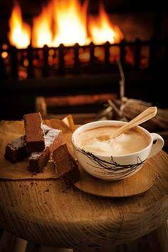 Chocolate shortbread with Amarula Milo recipe for high tea South African Desserts, South African Recipes, Milo Recipe, Biscuit Recipe, Yummy Drinks, Yummy Food, Cinnabon Cinnamon Rolls, Food Art For Kids, Dessert Bread