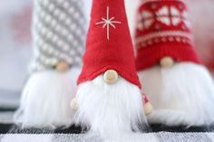 How to Make Christmas Gnomes Etsy Christmas, Christmas Sewing, Christmas Gnome, Scandinavian Christmas, Christmas Projects, Christmas Wreaths, Christmas Decorations, Holiday Crafts, Holiday Ideas
