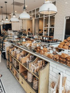 Ultimate Boston City Guide: Top 16 Things to See Do Bakery Shop Interior, Bakery Shop Design, Bar Restaurant Design, Coffee Shop Interior Design, Deco Restaurant, Bar Design, Coffee Shop Design, Restaurant Manager, Restaurant Uniforms