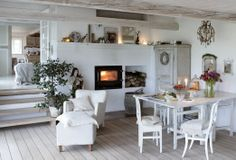Relaxed Scandi living ~ lovingly repinned by www.skipperwoodhome.co.uk