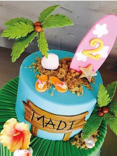 first birthday parties Bolo Aloha, Aloha Cake, Hawaii Cake, Hawaii Cupcakes, Hawaiian Party Cake, Hawaii Hawaii, Moana Birthday Party, Luau Birthday, Luau Party