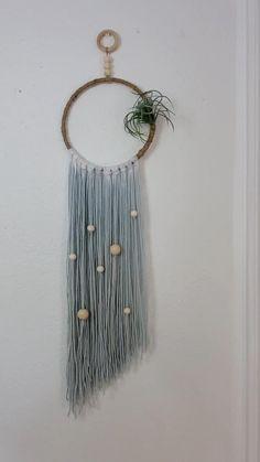 Macrame Design, Macrame Art, Macrame Projects, Yarn Wall Art, Yarn Wall Hanging, Wall Hangings, Macrame Wall Hanging Patterns, Macrame Patterns, Diy Dream Catcher Tutorial