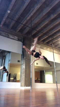 Pole Dance Moves, Pole Dancing Fitness, Dance Tips, Dance Poses, Pole Fitness, Aerial Dance, Aerial Hoop, Pole Dancing For Beginners, Better Posture Exercises